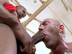 Cute black guy wants that dick to be sucked good! He has his word!